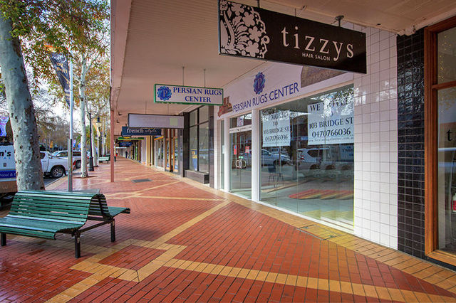 247 Peel Street, Tamworth NSW 2340