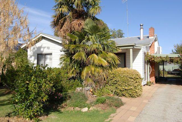 288 Sloane Street, Deniliquin NSW 2710