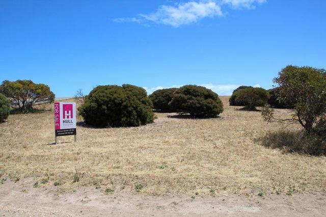 16 and 18 and 4 Meeinderry Drive And Lucy Way Perlubie, Streaky Bay SA 5680