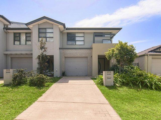 4/8 Seashell Ave, Coomera QLD 4209