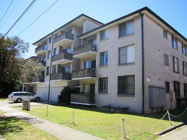 15/11 Grace Campbell Crescent, NSW 2036