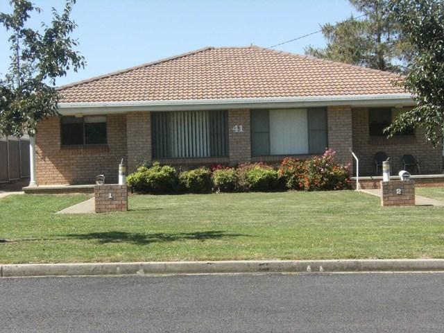 2/41 Cross Street, Glen Innes NSW 2370