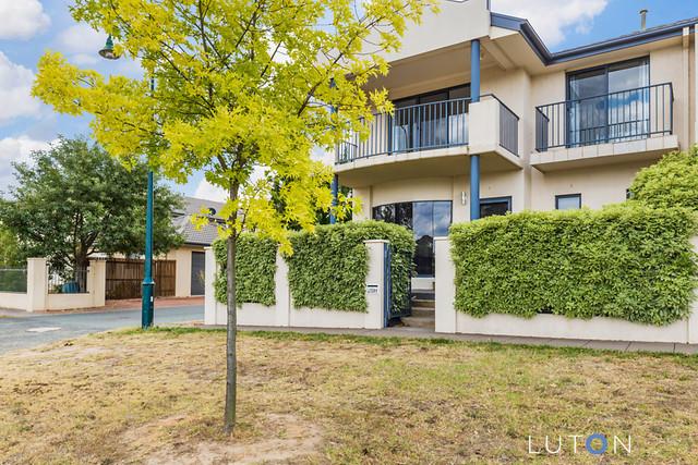 31 Katoomba Street, ACT 2914