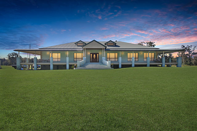 380 Beachmere Road, Beachmere QLD 4510