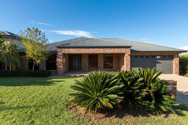 78 Atherton Crescent, Tatton NSW 2650