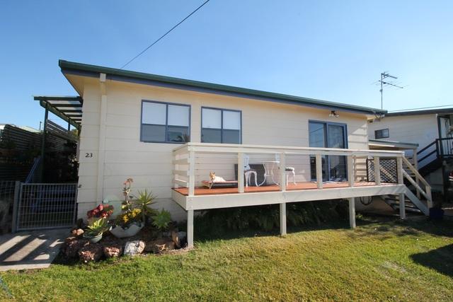 23 Andrew Avenue, Tuross Head NSW 2537