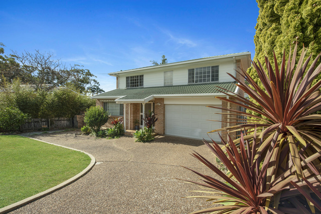 18 Clissold Street, Mollymook NSW 2539