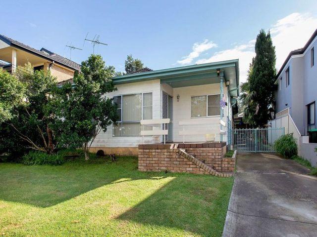 8 Donald Street, NSW 2213