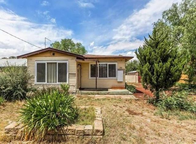 30 Exford Road, Melton South VIC 3338
