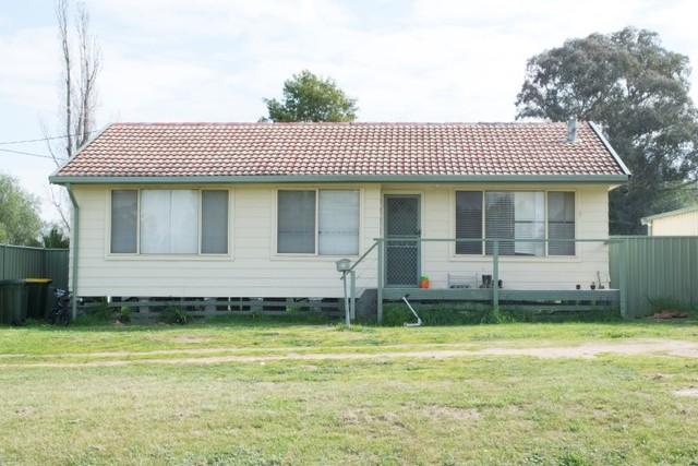 13A Brundah Street, Grenfell NSW 2810