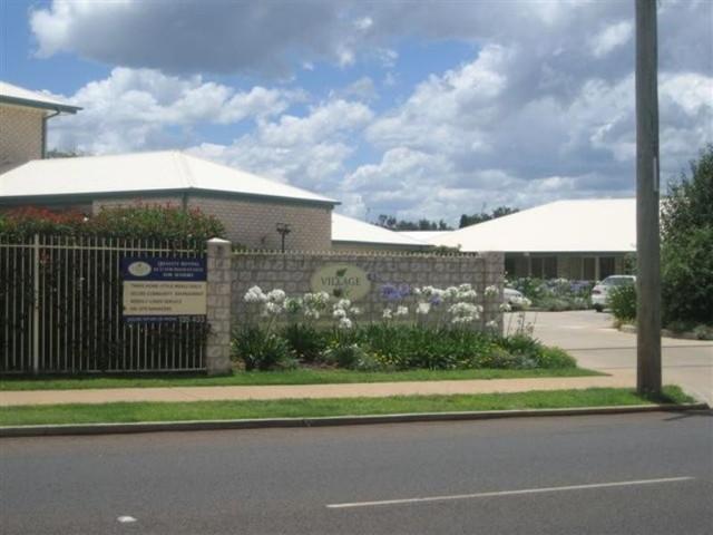 27/55-59 Drayton Road, Harristown QLD 4350