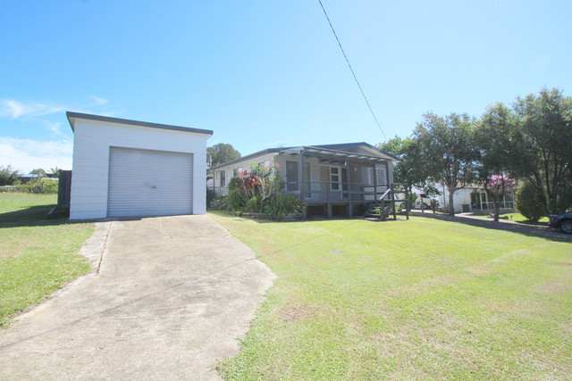 33 Coomba Road, Coomba Park NSW 2428