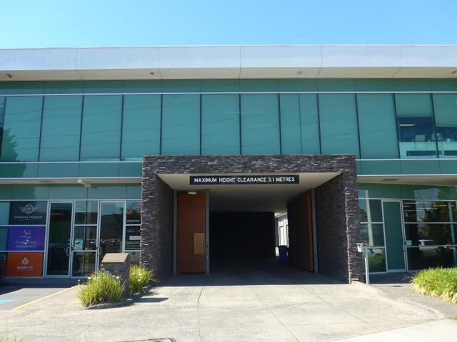11 - 3 Rocklea Drive, Port Melbourne VIC 3207