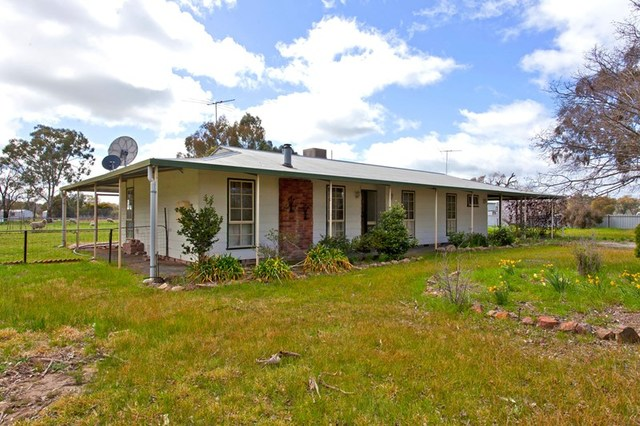 2 Richmond Street, Morven NSW 2660