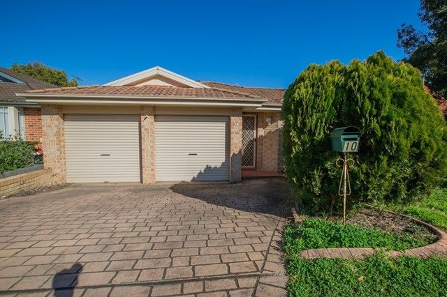 10 Kitchener Court, NSW 2173