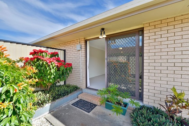 2/21 Steven Street, Redcliffe QLD 4020