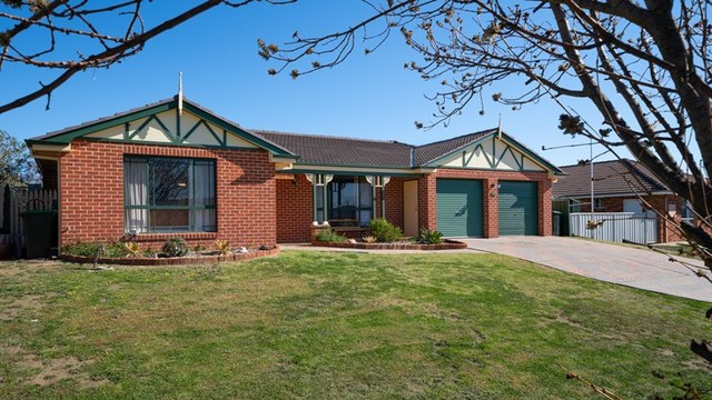 33 Wentworth Drive, Kelso NSW 2795