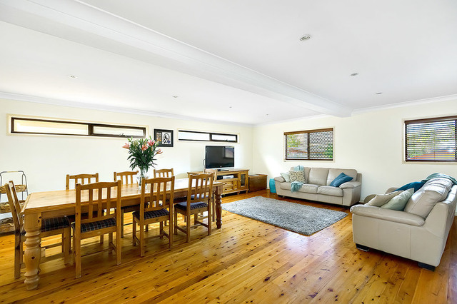 54 Wyatt Avenue, Regents Park NSW 2143