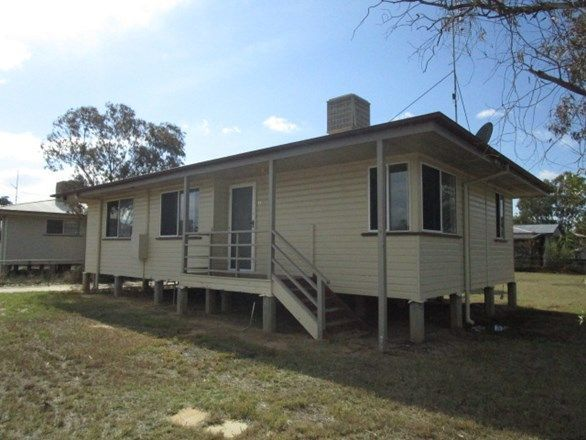 28 Walton Street, Meandarra QLD 4422