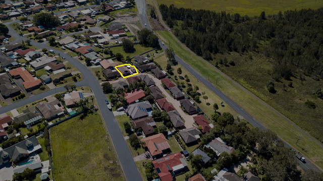 4/17 Gleneon Drive, Forster NSW 2428