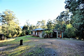 146 Coopers Rd