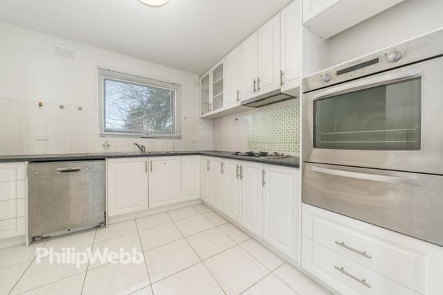 9/30 Thomas Street, Doncaster East VIC 3109