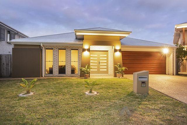 111 Parkwood Drive, Heathwood QLD 4110