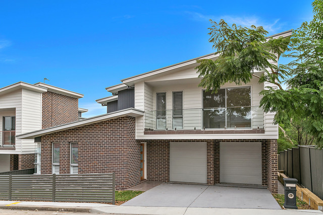 1A Reynolds Lane, Oak Flats NSW 2529