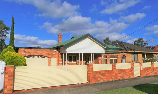 24 Chelmsford Ave, NSW 2192