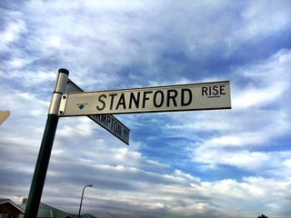 9 Stanford Rise