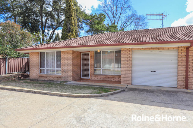 4/196 Piper Street, Bathurst NSW 2795