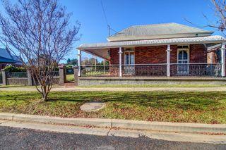 18 Bridge Street Uralla NSW 2358