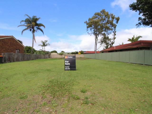10 Waratah Avenue, Yamba NSW 2464