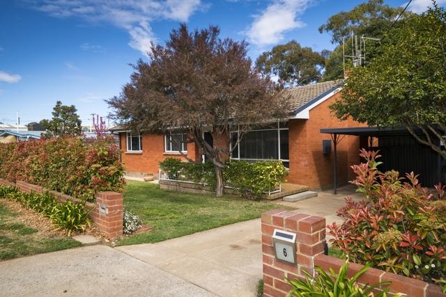 6 Davison Street, Crestwood NSW 2620
