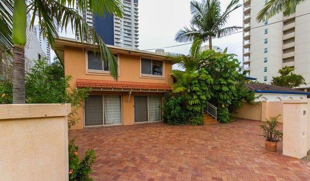 19 Woodroffe Avenue, Main Beach QLD 4217