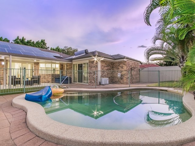 5 Martingale  Circuit, Clear Island Waters QLD 4226