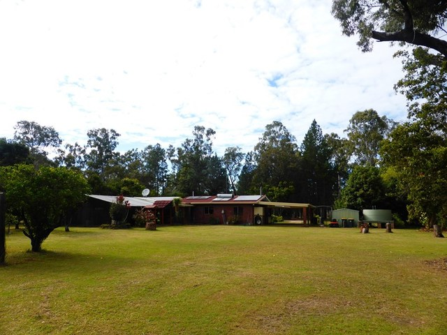 River Road, Millstream QLD 4888