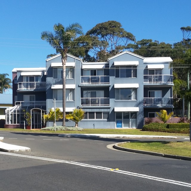 6 and 7/19 Golf Avenue, Mollymook NSW 2539