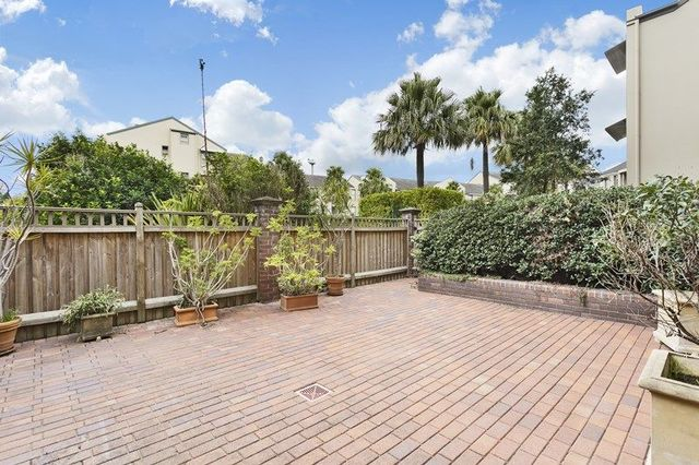 a1/1 Buchanan Street, NSW 2041