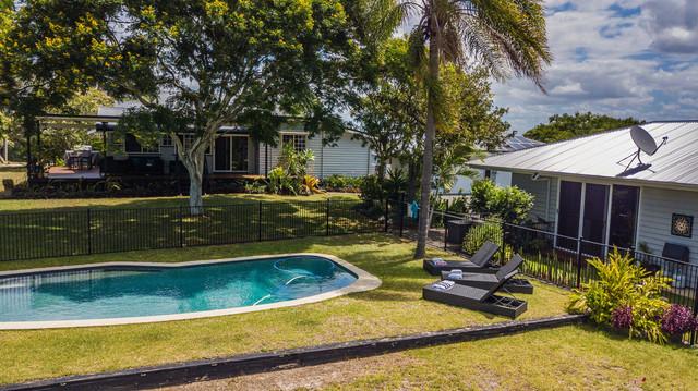 15 Mitchell Avenue, QLD 4655