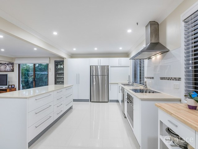 42 Tanglewood Street, Middle Park QLD 4074