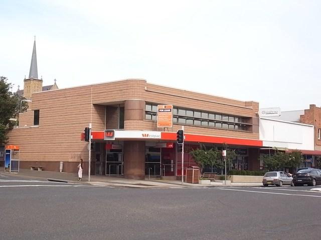 2/39-43 Bridge Street, Muswellbrook NSW 2333