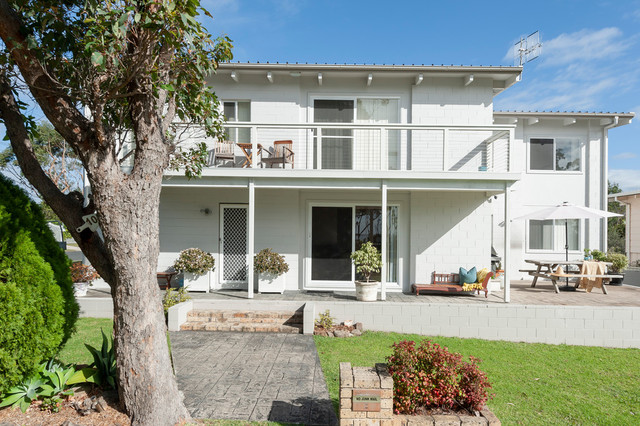 1 and 2, 105 Bannister Head Road, Mollymook Beach NSW 2539