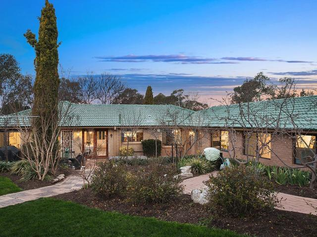 30 Max Henry Crescent, Macarthur ACT 2904
