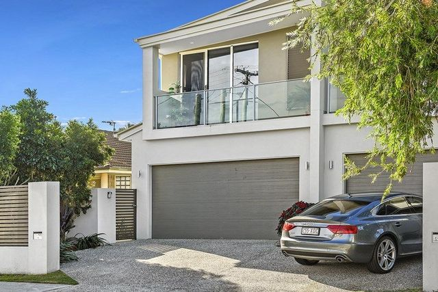 1/27 Cawthray Street, Biggera Waters QLD 4216