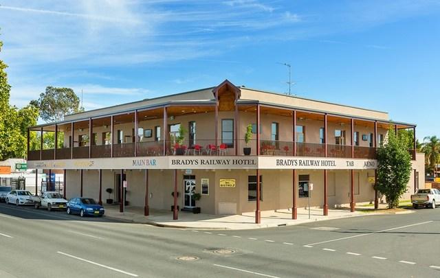 450 Smollett Street, Albury NSW 2640