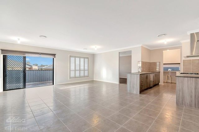 187 Stonecutters Drive, Colebee NSW 2761
