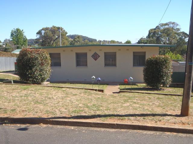 2/36 Bartoman Street, Batlow NSW 2730