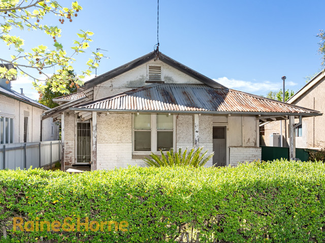 61 Fox Street, Wagga Wagga NSW 2650