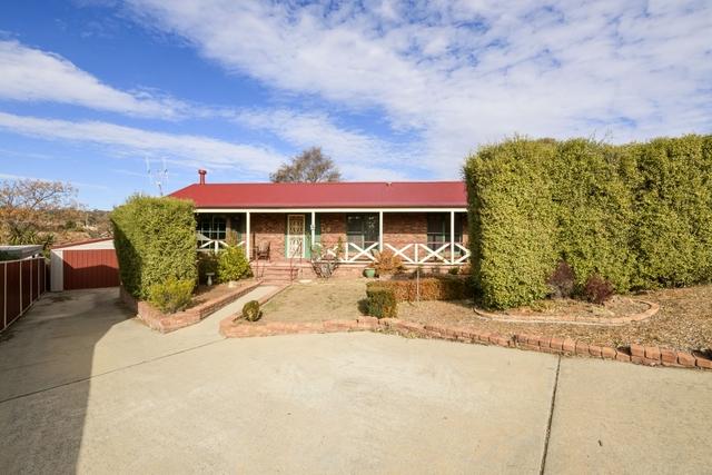5 McInnes Place, Karabar NSW 2620
